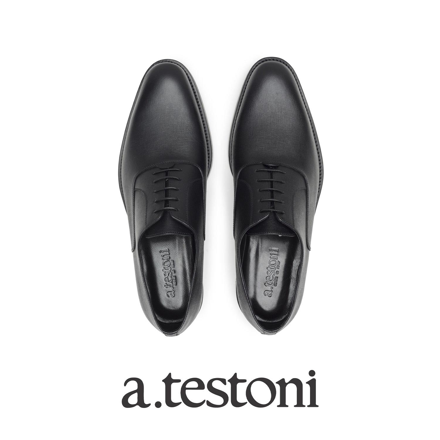 What put together to produce a pair of a. testoni Oxford and Derby shoes? Craftsmanship, design, technology, heritage, material selection together with extreme attention on details.