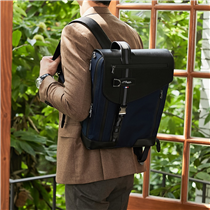 """Défi Millenium"" backpack combines ergonomics and luxury. Carry confidently your devices with its premium storage for laptops :"